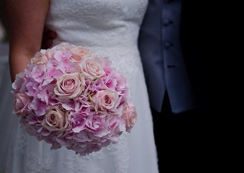婚姻被自己作死后,她又是如何成功挽回老公的?
