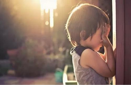 你轻易说出的离婚,却是对孩子一辈子的伤害