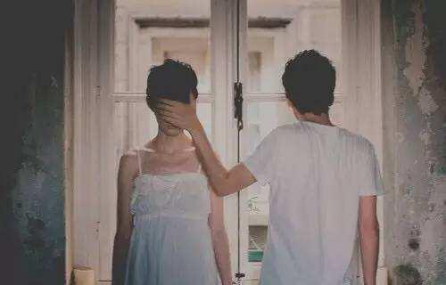 怎么去挽回一个男人的心,真正想离婚男人的表现,男人出轨了怎么办
